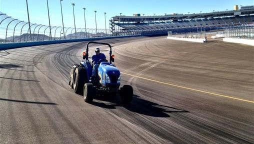 Latest Photos of the new track surface at Phoenix