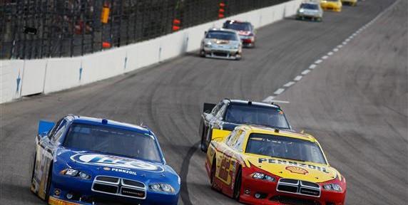 "Texas AAA 500: Fantasy NASCAR ""Front Runner"" Picks"