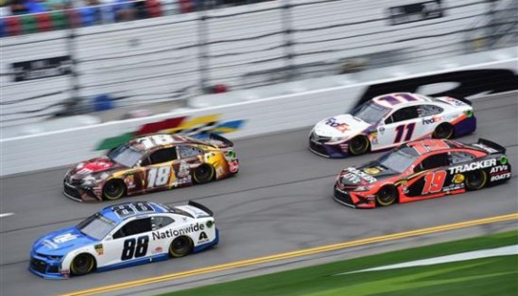 Daytona Superspeedway racing
