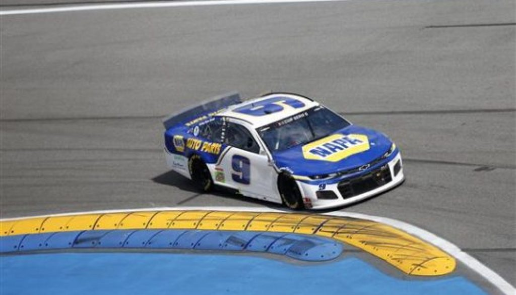 Chase Elliott road course ace